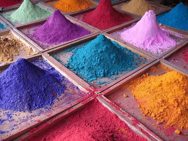 На фото – цветной цемент