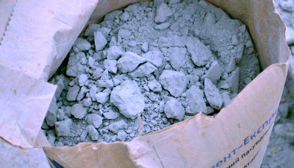 Старый цемент